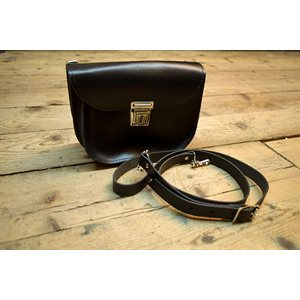Delivery case, black leather
